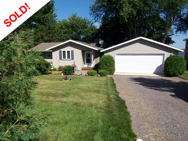 hometown realty, hutchinson, mn, minnesota, realtors, real estate, homes for sale