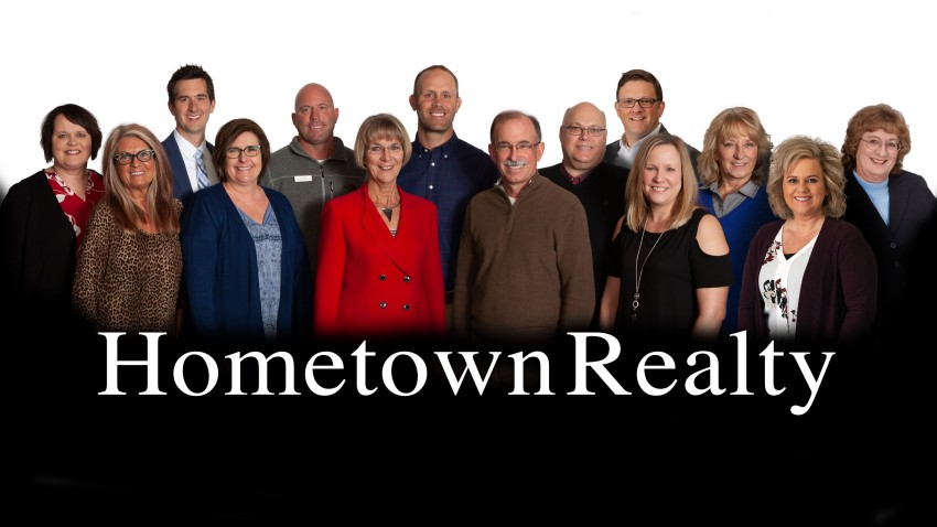 featured home, featured property, homes for sale, homes for sale in Hutchinson, hometown realty, hutchinson minnesota realtors, hutchinson mn real estate, Hutchinson MN realtors, hutchinson real estate, mcleod county real estate, homes for sale, houses for sale, agency